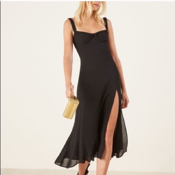 Reformation Dresses & Skirts - NWT reformation Side Slit Peridot dress